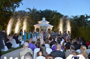 Yennis and Orlando Wedding Reception Gazebo Ceremony Fireworks Ciudamar at Killian Palms Country Club Grand Salon Ballroom grand Salon Receptio (20)