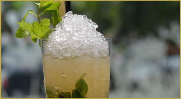 Guarapo sugar cane juice