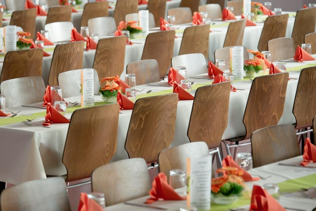 banquet-453799_1280