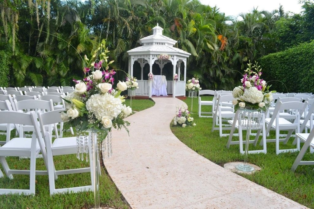 One of the many Miami wedding venues at Grand Salon